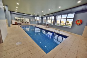 Pool - Holiday Inn Express Hotel & Suites Gatineau