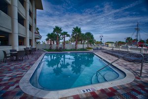 Pool - Pier House 60 Hotel Clearwater Beach