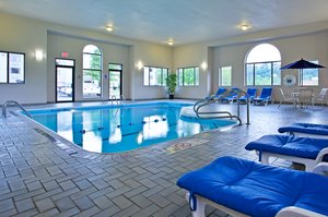 Pool - Holiday Inn Express Harmarville