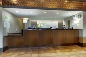 Lobby - Holiday Inn Westbury Carle Place
