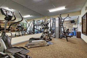 Fitness/ Exercise Room - Holiday Inn Westbury Carle Place