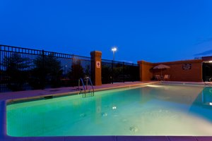 Pool - Holiday Inn Express Hanover
