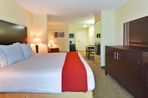 Suite - Holiday Inn Express Hotel & Suites Hamburg