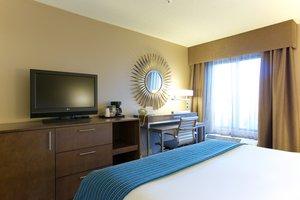 Room - Holiday Inn Express West Acres Fargo