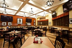 Restaurant - Crowne Plaza Hotel Fort Myers