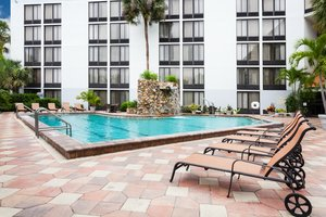 Pool - Crowne Plaza Hotel Fort Myers