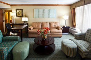Suite - Crowne Plaza Hotel Fort Myers