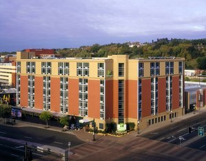 Exterior view - Holiday Inn River Centre St Paul
