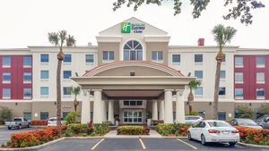 Exterior view - Holiday Inn Express Hotel & Suites North St Petersburg