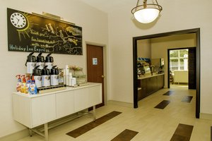 Restaurant - Holiday Inn Express Hotel & Suites North St Petersburg