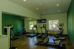 Fitness/ Exercise Room - Holiday Inn Express Hotel & Suites North St Petersburg