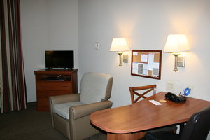 Room - Candlewood Suites Bordentown
