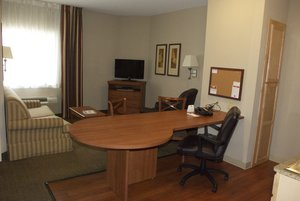 Suite - Candlewood Suites Bordentown