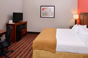 Room - Holiday Inn Express Crestwood