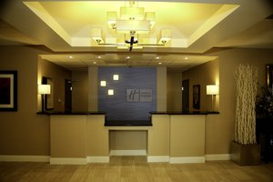 Lobby - Holiday Inn Express Hotel & Suites Marion