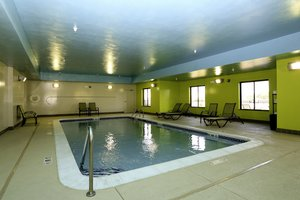 Pool - Holiday Inn Express Hotel & Suites Marion