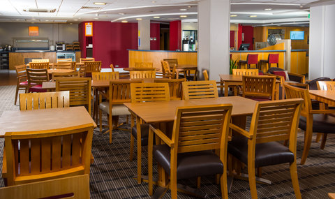 Tuck in to a tasty evening meal in our warm Great