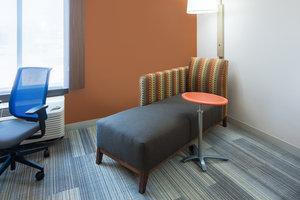 - Holiday Inn Express Cedar Rapids