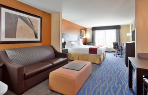 Room - Holiday Inn Express Hotel & Suites St Louis Airport
