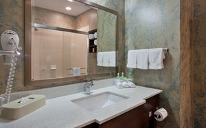 - Holiday Inn Express Hotel & Suites St Louis Airport