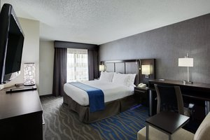 Room - Holiday Inn Express Hotel & Suites Carlstadt