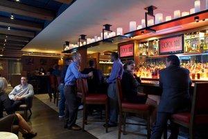 Bar - Hotel Indigo Riverside Newton
