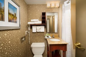 - Holiday Inn Express Woburn