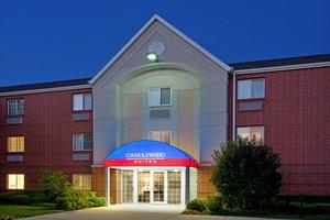 Exterior view - Candlewood Suites Warrenville