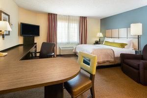 Room - Candlewood Suites Warrenville