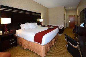 Room - Holiday Inn Express Dublin