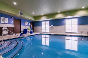 Pool - Holiday Inn Express Hotel & Suites Atchison