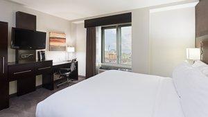 Room - Holiday Inn Lower East Side New York