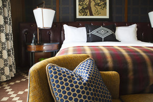 Room - Kimpton RiverPlace Hotel Portland