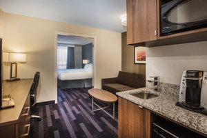Room - Holiday Inn Hotel & Suites Grande Prairie