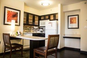 Room - Staybridge Suites Anaheim