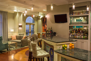 Bar - Hotel Indigo Galleria Houston