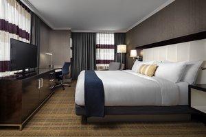 Room - Loews Boston Hotel