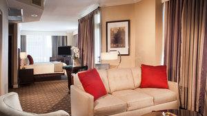 Suite - Omni Severin Hotel Indianapolis