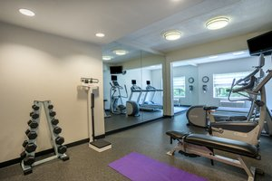 Fitness/ Exercise Room - Holiday Inn Linthicum