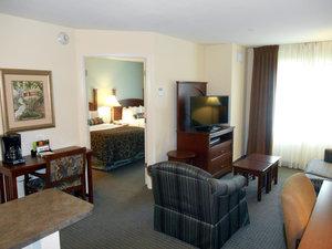 Room - Staybridge Suites Airport Savannah