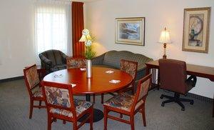 Suite - Staybridge Suites Airport Savannah
