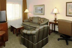 - Staybridge Suites Airport Savannah