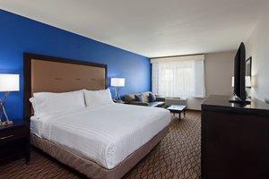 Room - Holiday Inn Express North Colton