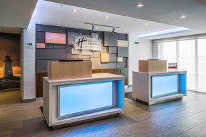 Lobby - Holiday Inn Express & Suites Bayer's Lake Halifax