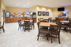 Restaurant - Holiday Inn Express Hotel & Suites Englewood