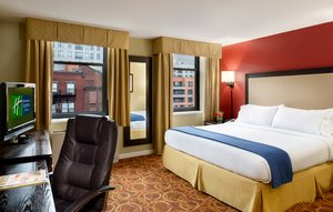 Room - Holiday Inn Express Hotel & Suites Boston