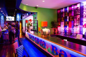 Restaurant - Holiday Inn Hotel & Suites Parsippany