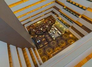 Lobby - Holiday Inn Mart Plaza Chicago