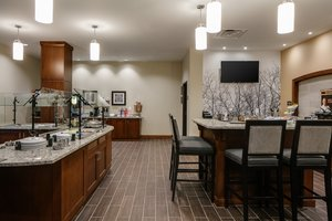 Restaurant - Staybridge Suites Downtown Des Moines