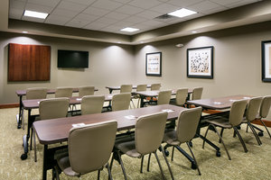 Meeting Facilities - Staybridge Suites Downtown Des Moines